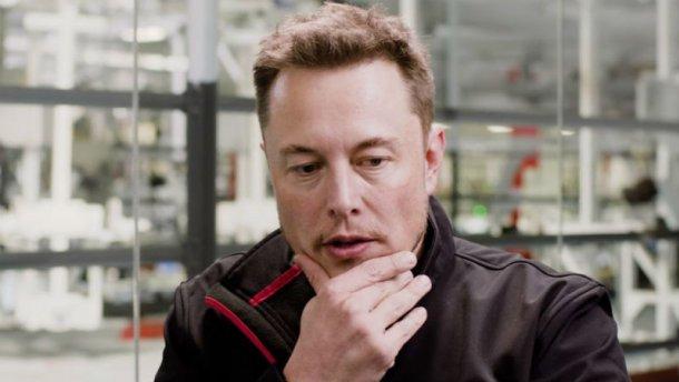Слух дня: главой совета директоров Tesla хотят назначить младшего сына Руперта Мердока