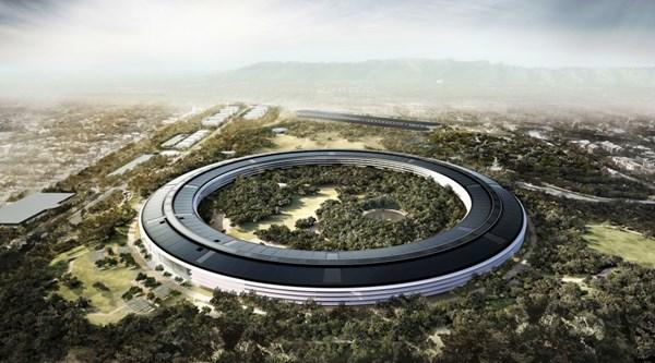 Видео дня: как движется стройка Apple Park