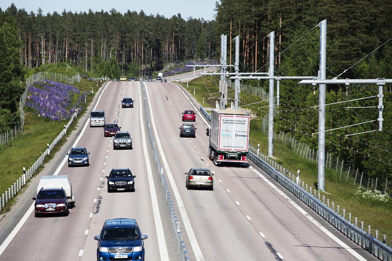 В Швеции появилась первая в мире электродорога