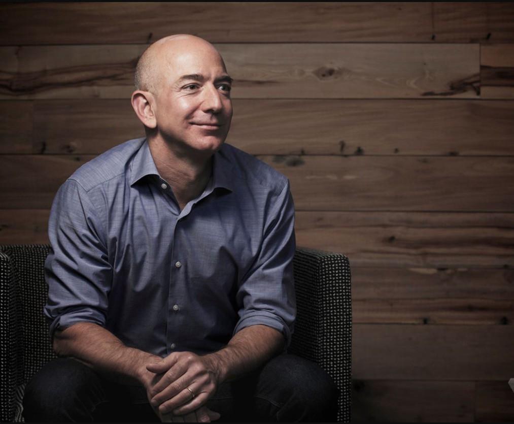 """""""Никто не просил создавать Amazon. Но мир был готов"""": о чем Безос написал инвесторам"""