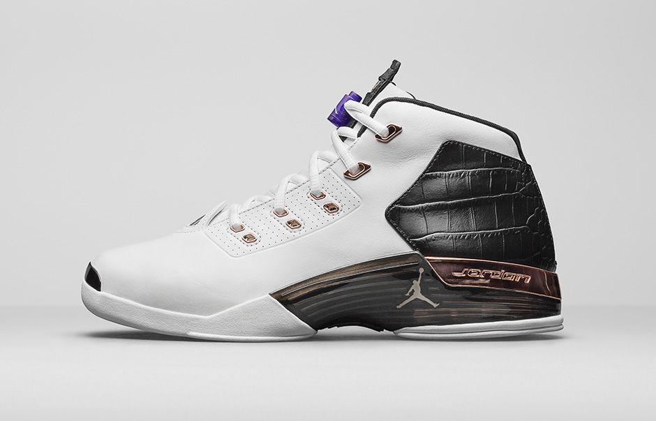 Nike создал в честь Aston Martin кроссовки из кожи крокодила