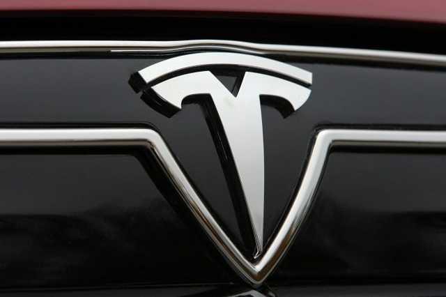 """Шутка дня: Илон Маск объявил о """"банкротстве"""" Tesla"""