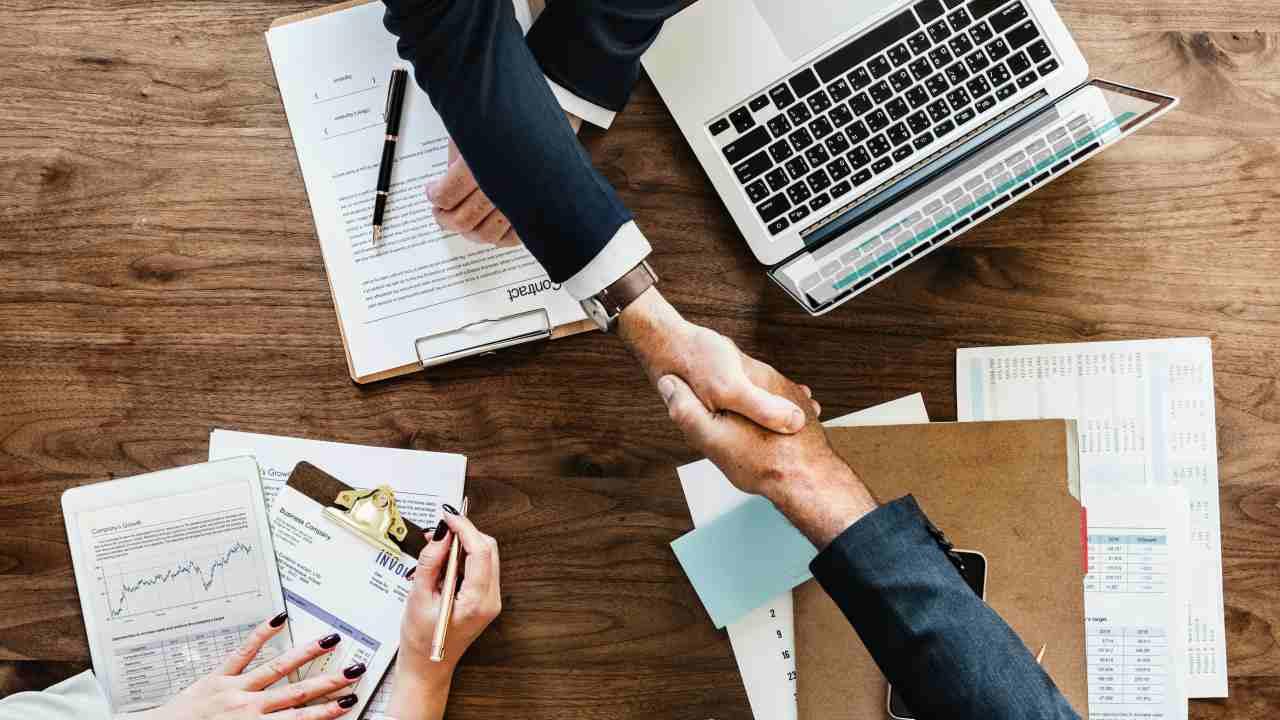 Украина поднялась на 71-е место в рейтинге лучших стран для ведения бизнеса