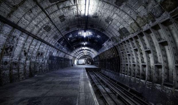 Компания Маска приступила к бурению подземных туннелей для транспорта