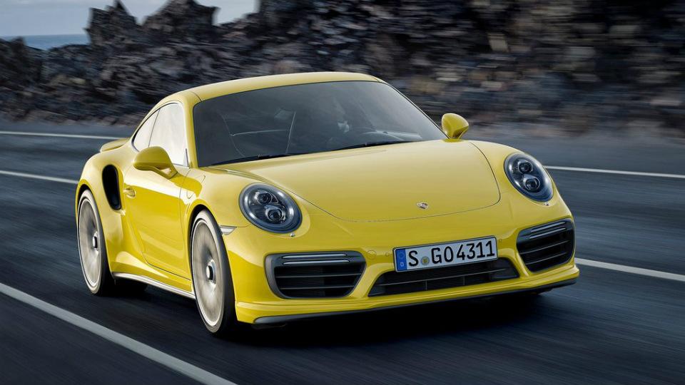 Porsche 911 Turbo стал мощнее и быстрее