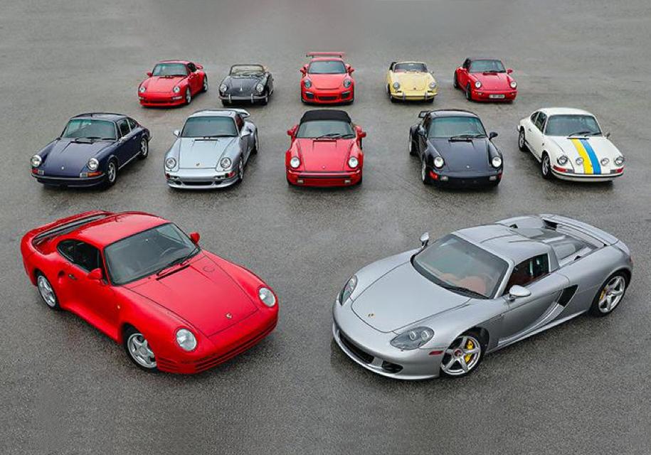 Коллекцию из 12 культовых Porsche пустят с молотка
