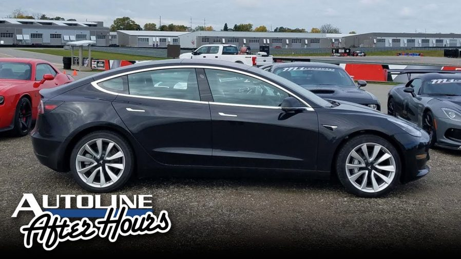 Tesla представит прототип электрического пикапа