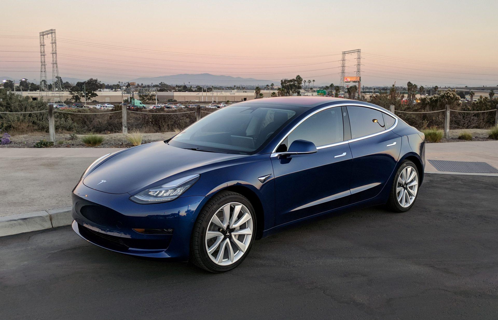 Tesla станет доступнее