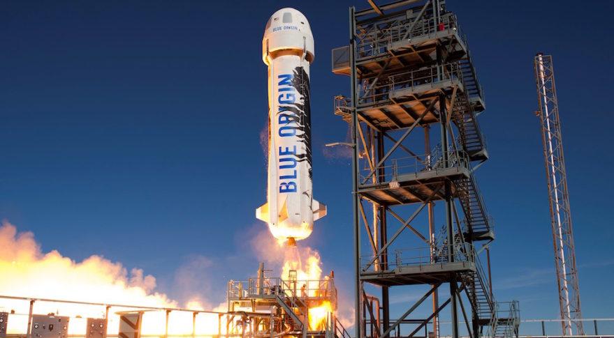 Безос пообещал запустить людей в космос на ракете New Shepard в 2019 году