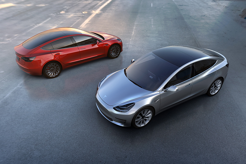 За первые три дня предзаказ на Tesla Model 3 оформили уже 276 тыс. человек