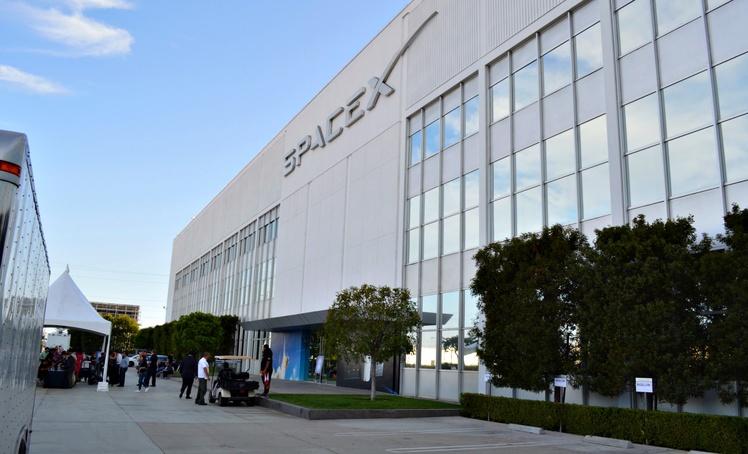 Вакансия дня: первая вакансия SpaceX для создания межпланетной ракеты BFR