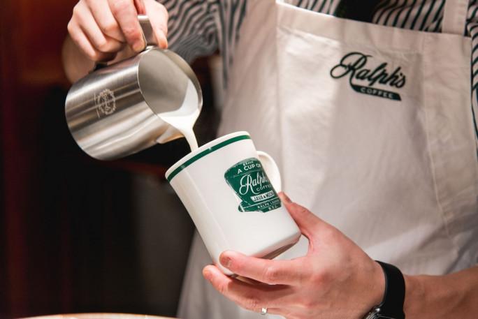 Место дня: Ральф Лорен открывает кофейню в Гонконге