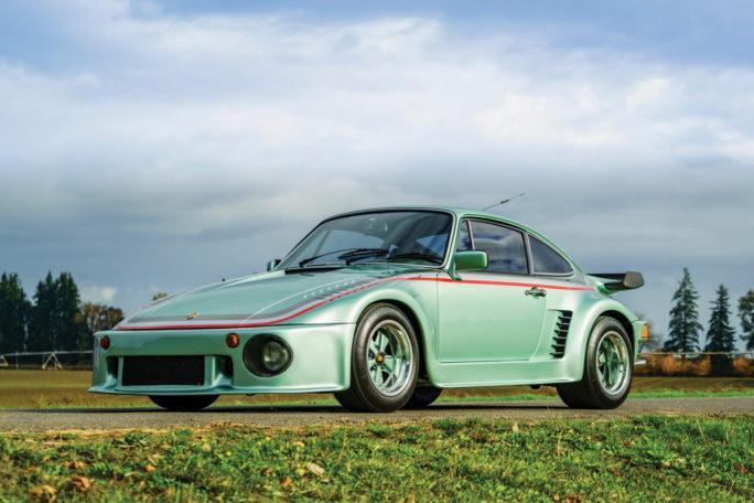 Вещь дня: мятный Porsche 935